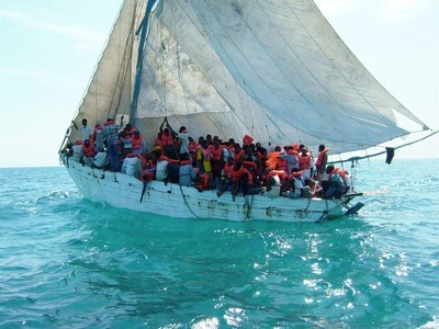 Large vessel with many people
