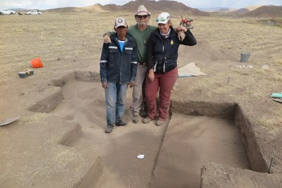 Nestor, Billy, and Bryna--the area 9 dig crew--show their work at Wilamaya Patjxa.
