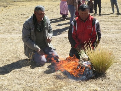 Before starting, an Aymara shaman and Alberto conducted a pago, or blessing ceremony